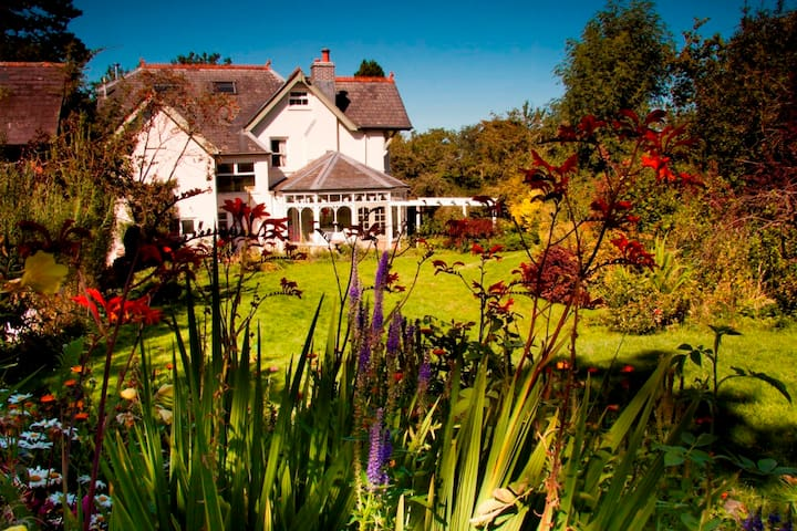 House for 10 in the Brecon Beacons - Brecon - Casa