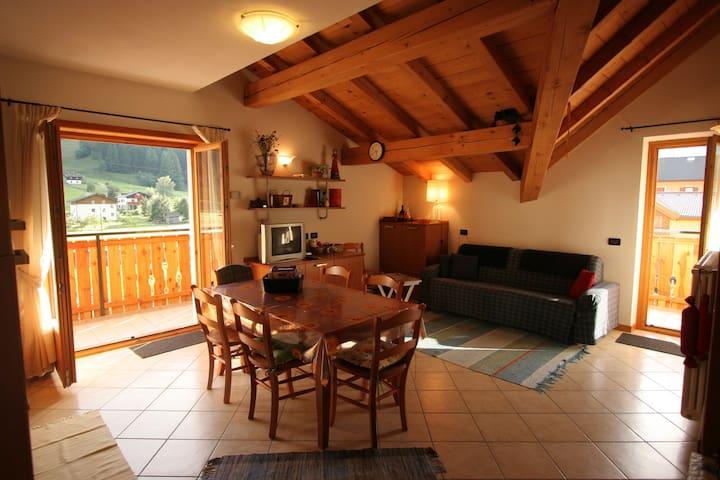 LA BELLA VITA HOUSE  Mountain&Relax - Pradelle - Leilighet
