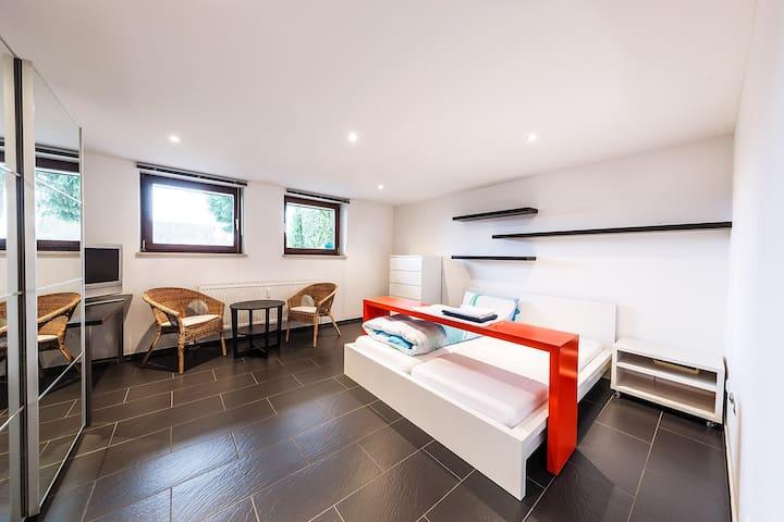 Quiet & Green: Double room apartment in Leinburg - Leinburg - Lägenhet