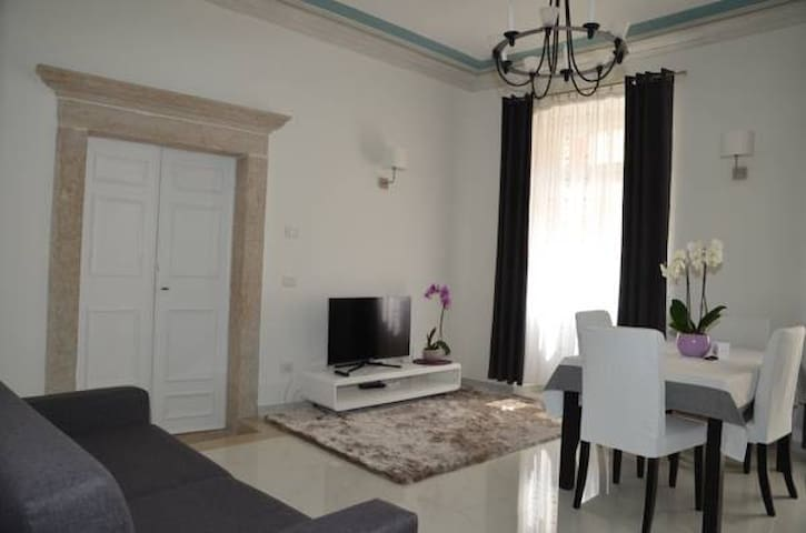 B&B Althamer Palace - Orchidea apartment - Arco - Bed & Breakfast
