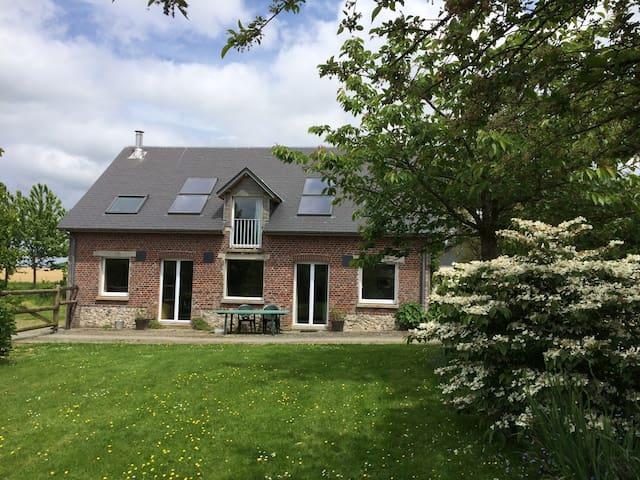 Gîte spacieux au calme  à Autretot pour 6 pers - Autretot - Casa