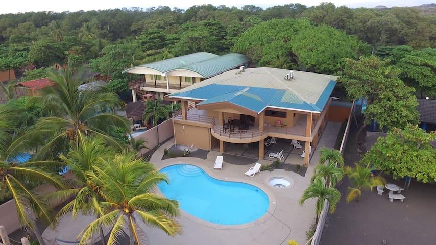 Ocean Front Beach House Costa Rica - Bajamar