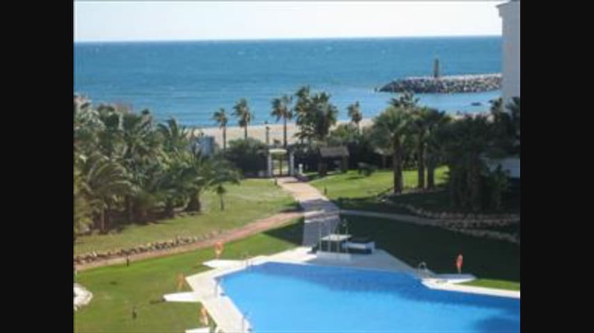 Puerto Banus Front Beach Apartment - Marbella - Appartement