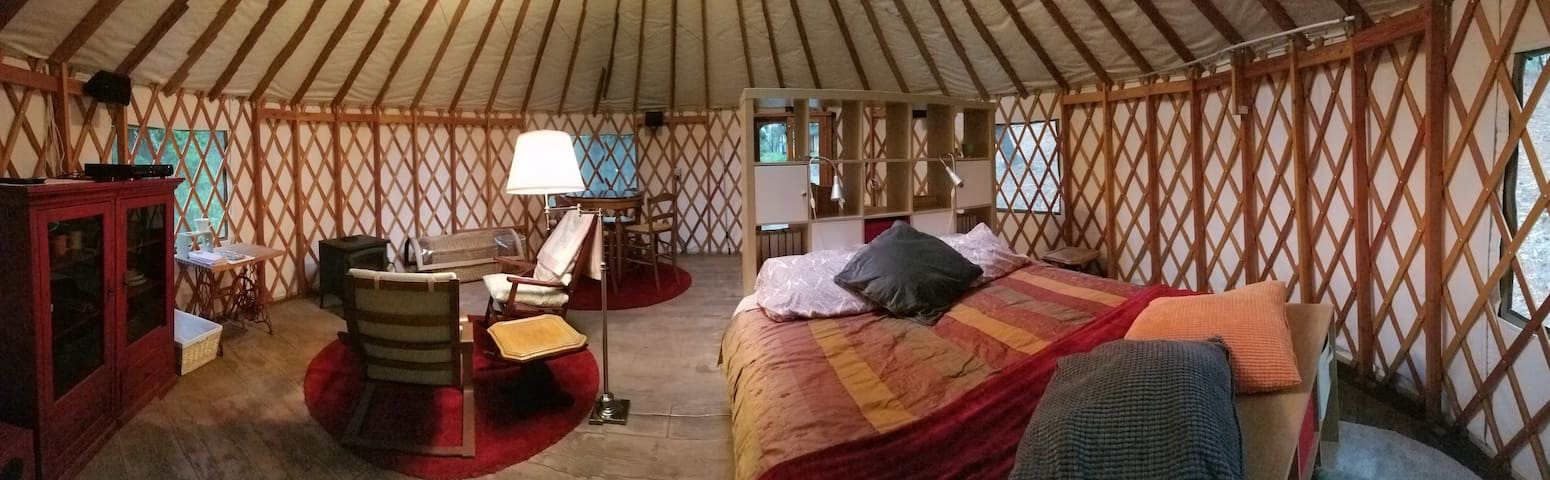 Yurt Living in Grass Valley - Grass Valley - Yurt