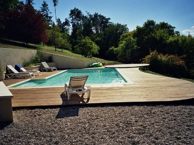 Dordogne. Beautiful large house with private pool. - Sainte-Alvère - Huis