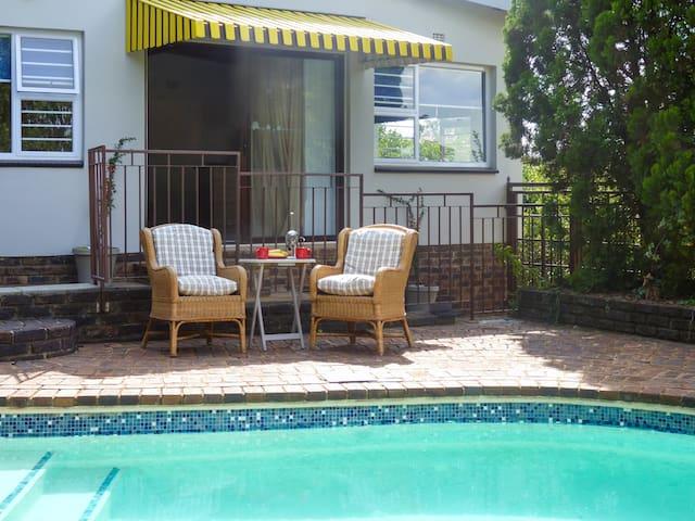 Pam's Place, Garden Cottage, Krugersdorp, JHB - Krugersdorp - Pis