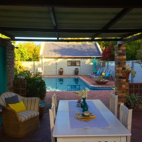 Central, Private with Pool - Hermanus