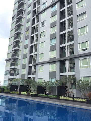 Next to BTS with chic & comfy style - Bangkok - Apto. en complejo residencial