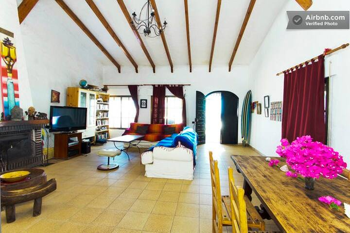 Mambo Beach House - Shared Room - Veyer de la Frontera - Villa