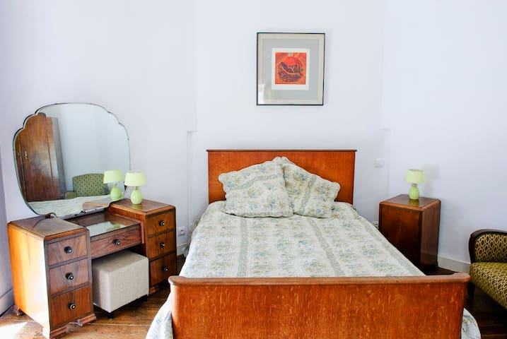 Beamed Suite  & Governess Room - Saint-Martin-Terressus - Şato