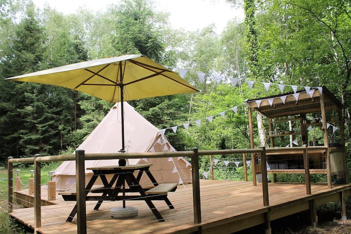 Bell Tent on Terrace with Lake View - Condat-sur-Ganaveix - Палатка