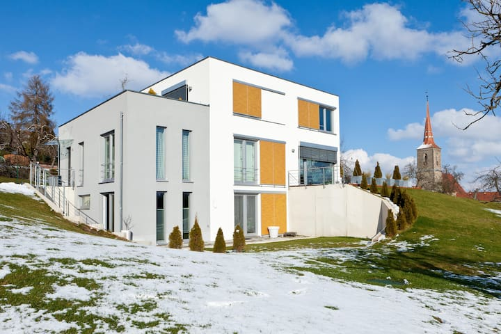 Modern House on two levels w garden - Sachsen bei Ansbach - Hus