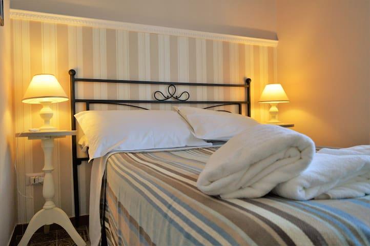 Romantic Mini-Room in Salerno - Salerno - Bed & Breakfast