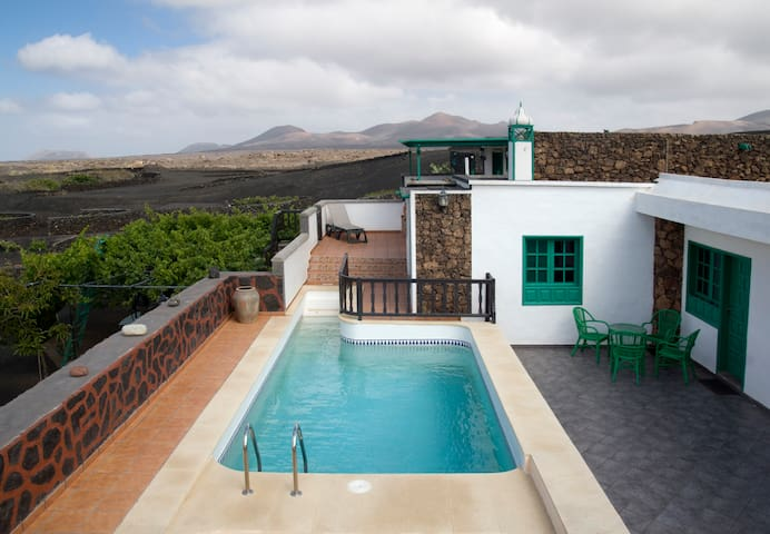 Casa Diama 1, para 4 con piscina - Yaiza - Hus