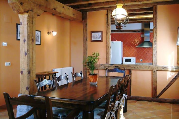 Casa Rural a 30 km de Segovia - Torreiglesias - Casa