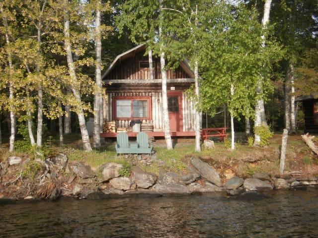 Log cabin on Moosehead lake - Rockwood - Houten huisje