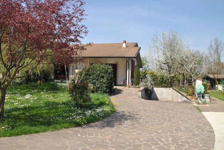 Villa in campagna - Cavenago di Brianza - Villa