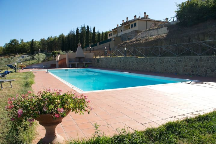 Located in the heart of Tuscany! - Bucine - Maison