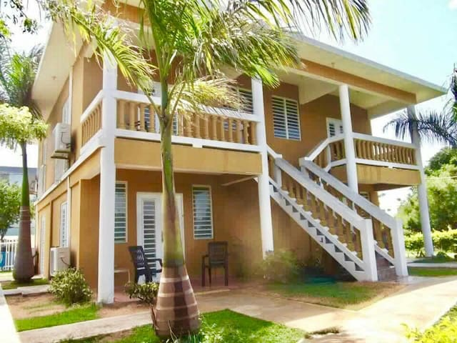 Beach front apartments- Mitchell by the Sea - Guánica - Daire