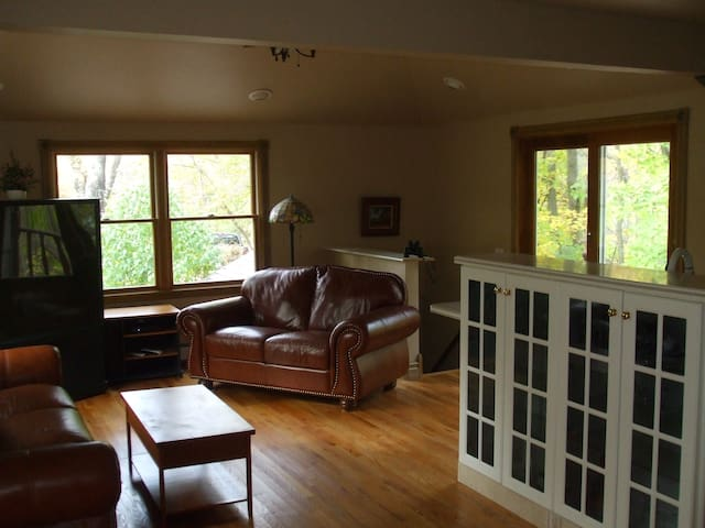 Private  Inclusive Furnished One Bedroom Apartment - Readington Township