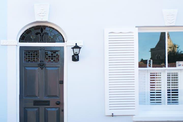 Vintage boutique cottage in Deal - ディール - 一軒家
