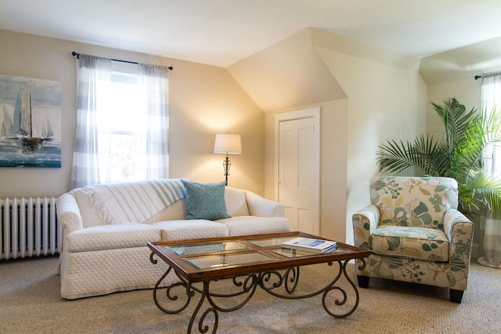 All the Comforts of Home - Barnstable - Apartemen