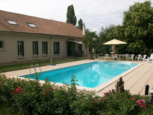Gîte rural Le Bois de Luché (2) - Rom - Casa