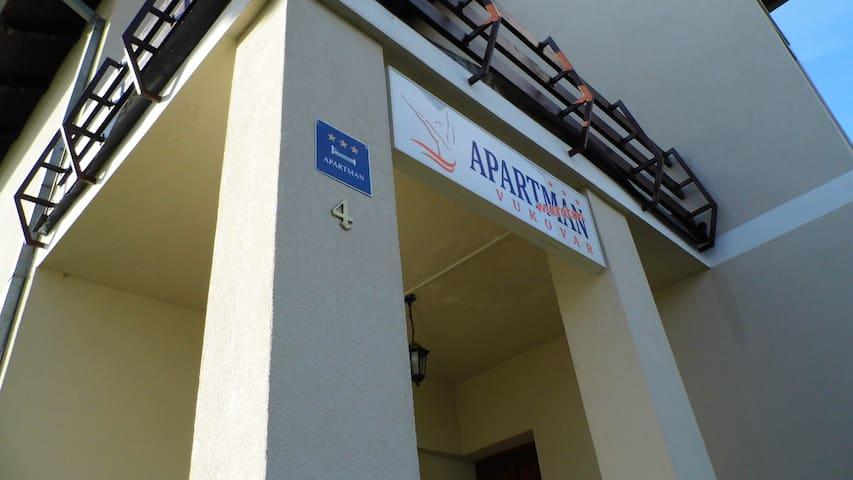 Apartment Maraton - Vukovar - Leilighet