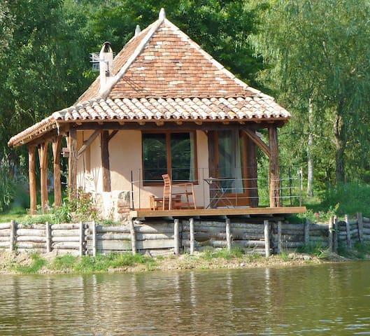 maison du pont de l'étang - Saint-Laurent-des-Hommes - Øy