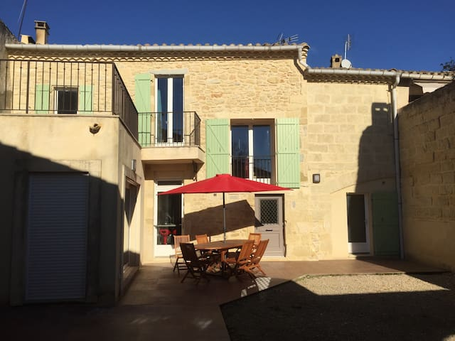 Traditional house close to sea, Nimes, Montpellier - Gallargues-le-Montueux - Casa