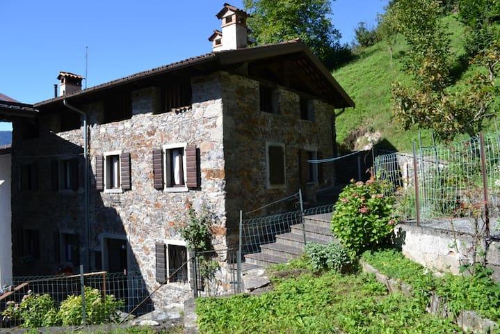 Tipica casa carnica - Paluzza - Maison