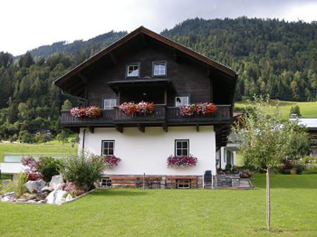 Theresien-Chalet Sleep for 10 pers. - Sankt Veit im Pongau - Departamento