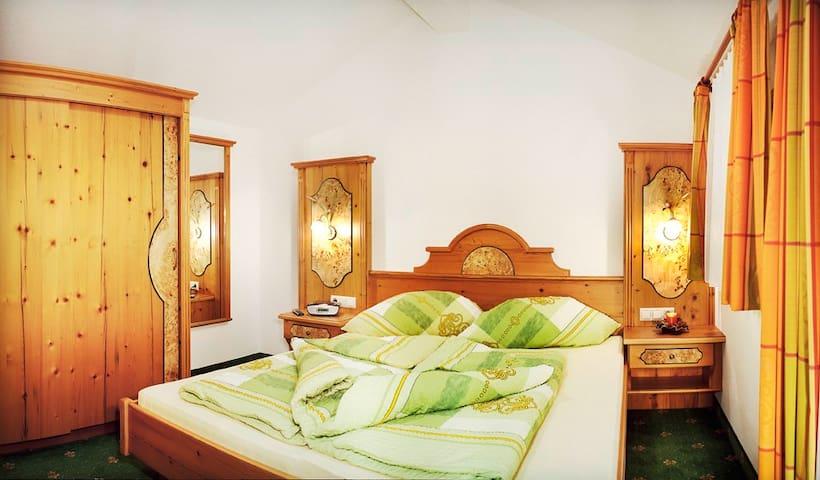 Apartment 5 at Schlosserhaus*** - Wagrain Markt - Lägenhet