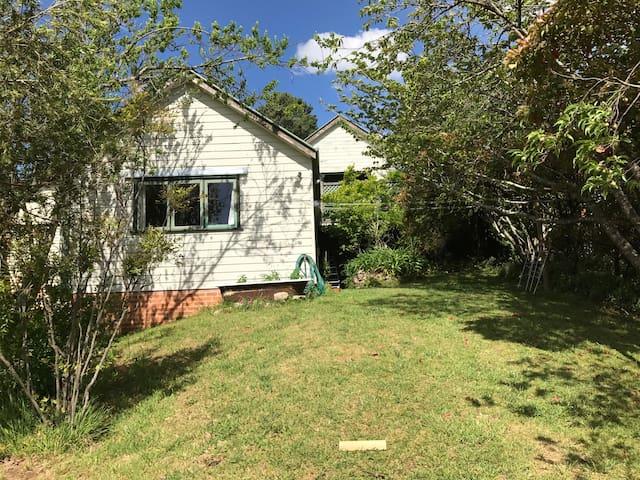Mountains Garden Cottage - Katoomba - Gästhus