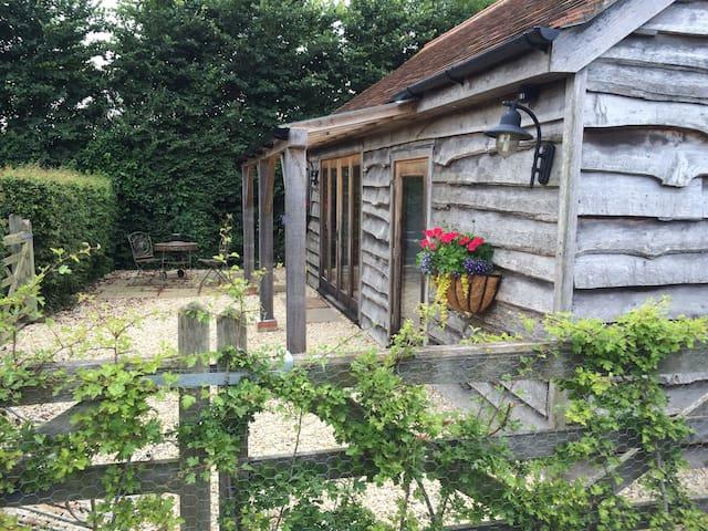 The Hay Barn - SHERBORNE