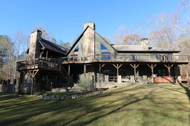 Luxury River Lodge on the Toccoa River! - Blue Ridge - Talo
