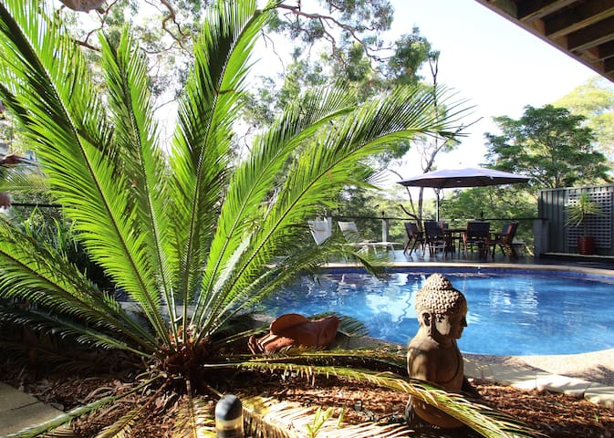 Beautiful Bushland Retreat Sydney  - Kirrawee - Daire