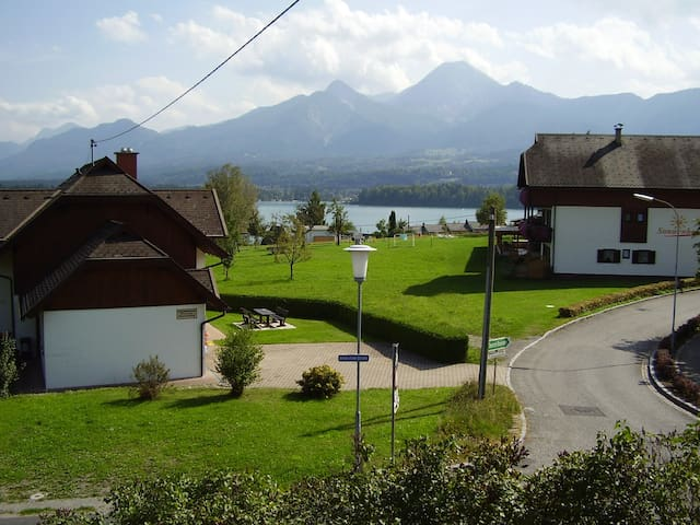 Pleasant guest house  Faakersee - Villach - House
