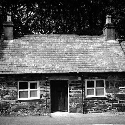 Traditional Welsh Mountain Cottage - Capel Curig - Huis
