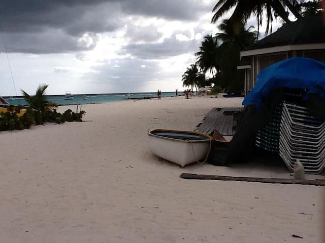 Barbados Prime Modern Paradise 2 - Oistins - Lejlighed
