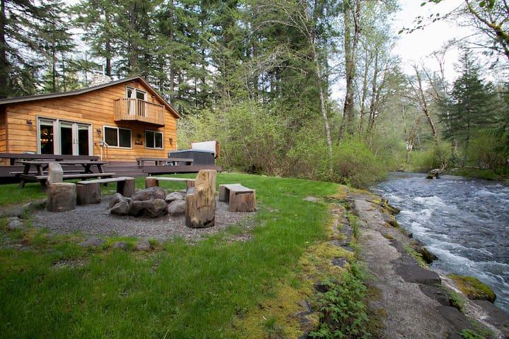 Lazy Bears Creekside Cabin - Ashford - Kulübe