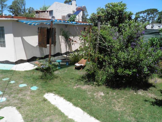 Linda Casa en Atlantida-Naturaleza - Atlántida - Hus