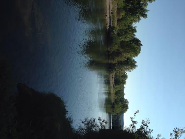 Maison pour 4 personnes à 500m de la rivière - Cessenon-sur-Orb - Casa