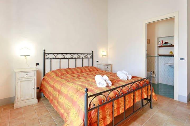 Countryside Toscana appartamento Luna* - Province of Siena - Cabaña en la naturaleza