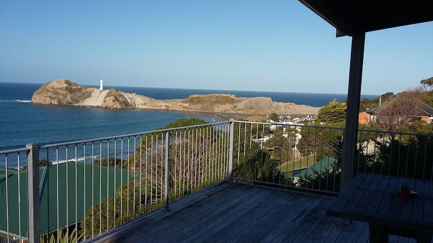 Beach house with WOW factor - Castlepoint - Hus