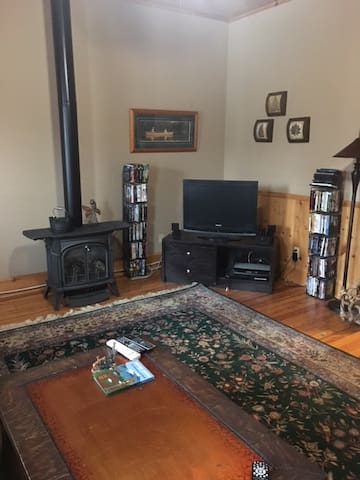 3 Bedroom Apartment on Main Street Old Forge, NY - Old Forge - Apartment