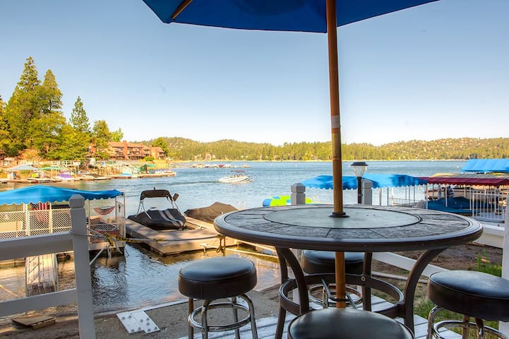 Enchanting 5BR Lake Arrowhead House - Lake Arrowhead - Casa
