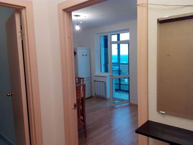 Студия посуточно и на долгий срок - Yekaterinburg - Apartmen perkhidmatan