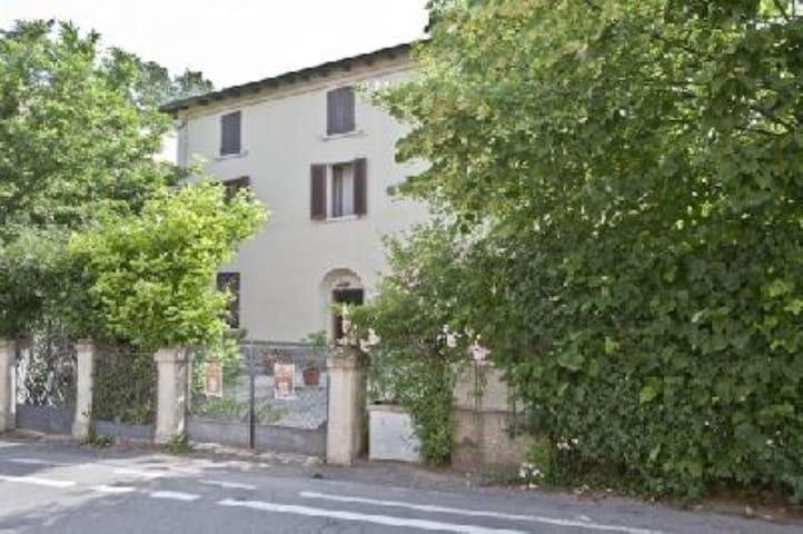Cosy apartment in a Villa in PORRETTA TERME - Porretta Terme - Appartement