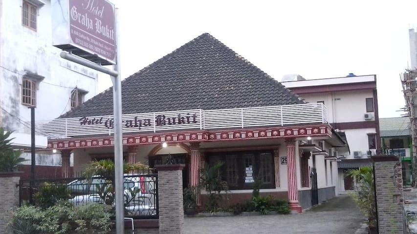 Affordable hotel in downtown of Palembang - Bukit Kecil